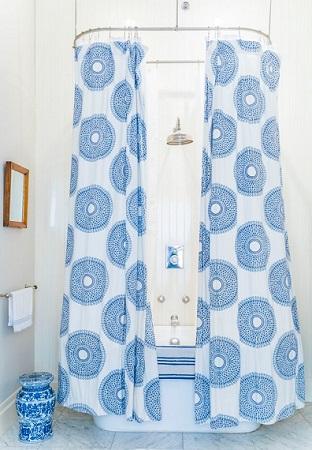 Rideau de douche design pour salle de bains