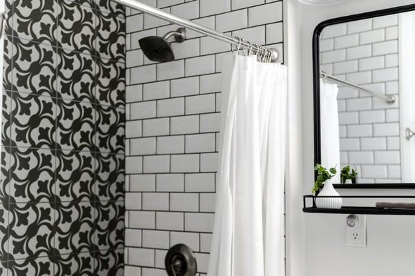 Carrelage dans une salle de bain