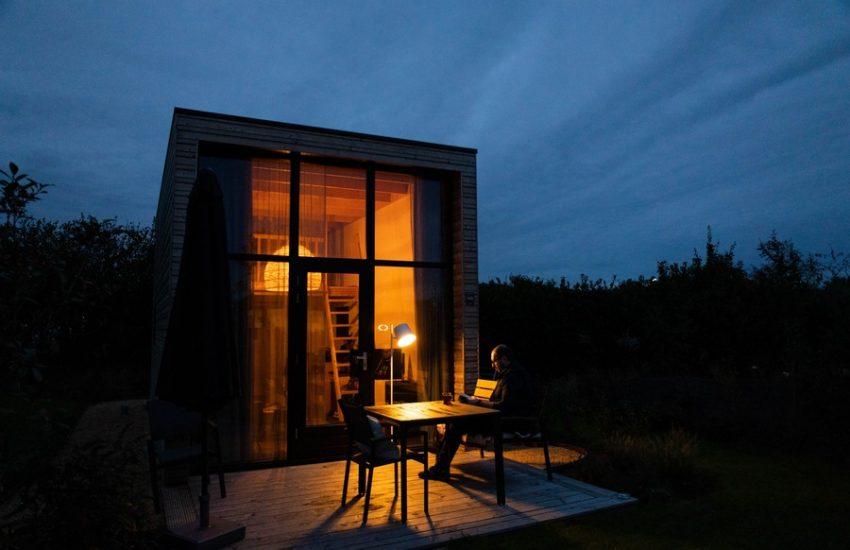 tiny house dans la nuit